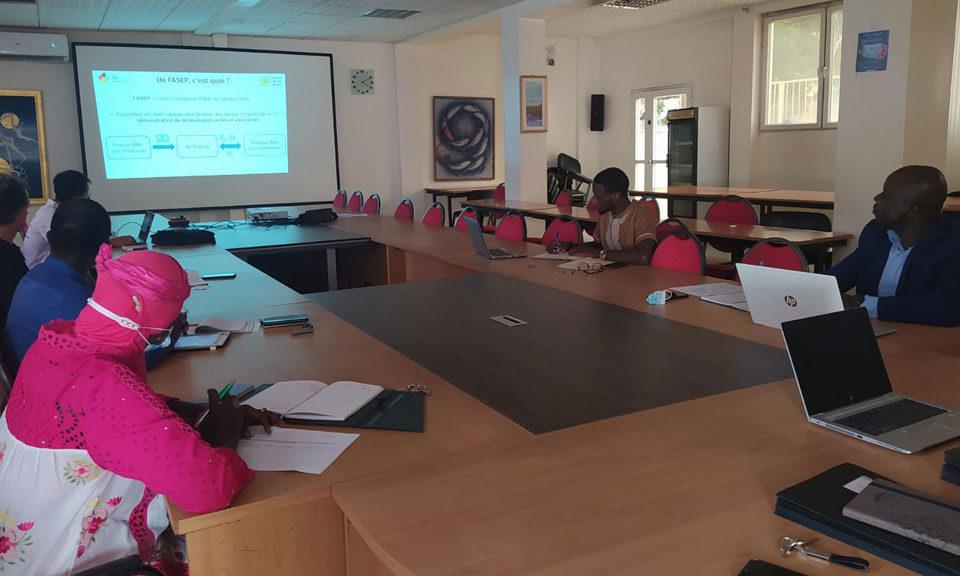 regeneration engine oil and batteries Senegal